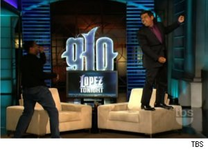 Denzel Washington, Lopez Act as Garbage Men on 'Lopez Tonight'