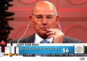 Harry Smith demonstrates eyeglasses on 'Early'