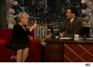 Bette Midler Talks Johnny Carson on 'Late Night'