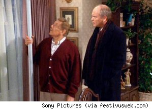 Frank Costanza and his Festivus pole