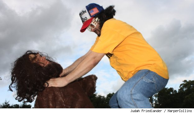 Judah Friedlander defeats Bigfoot in the book 'How To Beat Up Anybody'