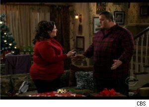 Mike Buys Diamonds for Molly on 'Mike & Molly'