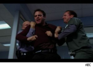 'Private Practice': Cooper Fights Patient's Dad