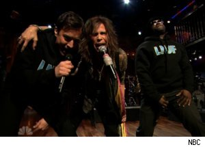 Steven Tyler Sings 'Walk This Way' on 'Late Night'