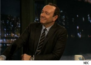 Kevin Spacey Imitates Johnny Carson on 'Late Night'