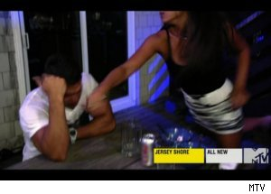 Sammi Punches Ronnie on 'Jersey Shore'