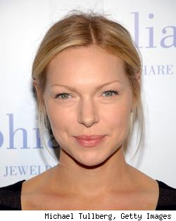 Laura Prepon to Play Fictional Chelsea Handler