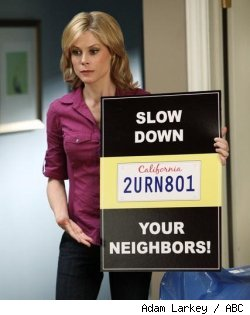 Julie Bowen in 'Modern Family' - 'Slow Down Your Neighbors' on ABC