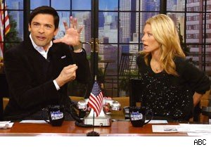 Mark Consuelos and Kelly Ripa tell a bedtime story on 'Live With Regis and Kelly'
