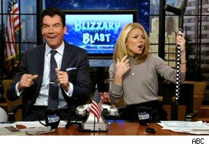 An impromptu rave with Kelly Ripa and Jerry O'Connell on 'Live With Regis and Kelly'