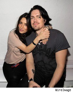 Sarah Shahi and Steve Howey