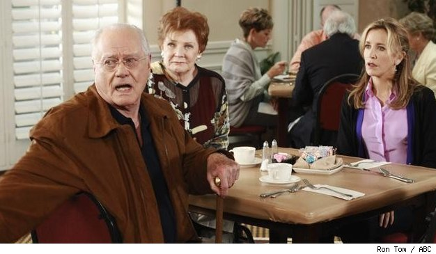 Larry Hagman, Polly Bergen and Felicity Huffman on 'Desperate Housewives'