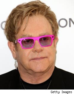 Elton John to Host 'Saturday Night Live'
