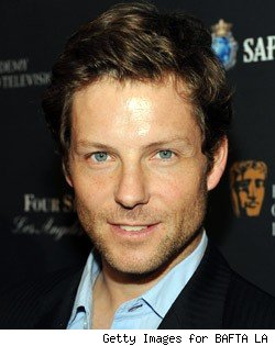 Jamie Bamber Joins '17th Precinct'