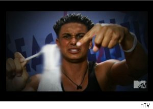 Pauly D Finds Panties on 'Jersey Shore'