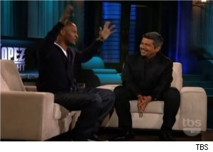 Jamie Foxx Talks Teen Daughter on 'Lopez Tonight'