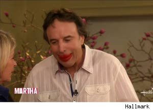Kevin Nealon, Martha Stewart, first kiss