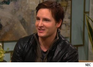 Peter Facinelli Admits He's Grabbed Nearly All Boobs of 'Nurse Jackie' Cast