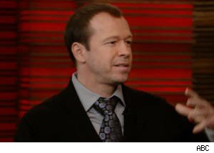 Donnie Wahlberg Talks New Kids Reunion on 'Regis and Kelly'