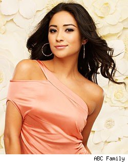Shay Mitchell, 'Pretty Little Liars'