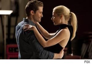 Gwenyth Paltrow is back as Holly Holiday in this week's episode of 'Glee.'