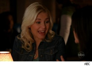 Elisha Cuthbert, 'Happy Endings' - 'Your Couples Friends & Neighbors'