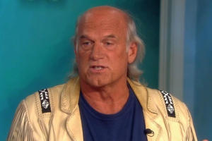 Jesse Ventura Argues Against Two-Party System on 'The View'