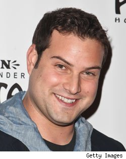 Max Adler, Glee