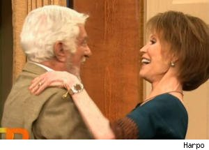 Dick Van Dyke and Mary Tyler Moore Reunite on 'Rachael Ray'