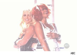 Britney Spears &amp; Rihanna, 'The 2011 Billboard Music Awards'