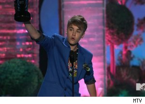 Justin Bieber, '2011 MTV Movie Awards'