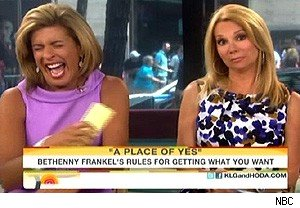 Bethenny Frankel helps Hoda Kotb loosen up on 'Today'