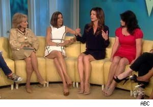 Barbara Walters, Wendie Malick, Jane Leeves, and Valerie Bertinelli of 'Hot In Cleveland' on 'The View'
