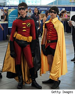 Men in tights! Comic-Con costumes