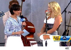 Miranda Lambert performs with Pisol Annies on 'Good Morning America'