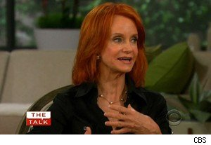 Swoosie Kurtz says she loves her 'Mike & Molly' character on 'The Talk'