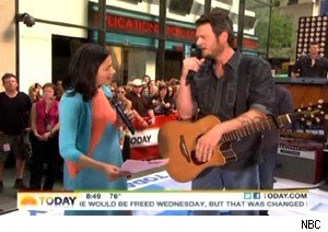 Ann Curry and Blake Shelton on 'Today'