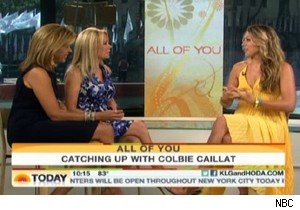 Colbie Caillat with Kathie Lee Gifford and Hoda Kotb on 'Today'