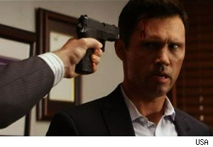 Michael in trouble with hijackers on 'Burn Notice'