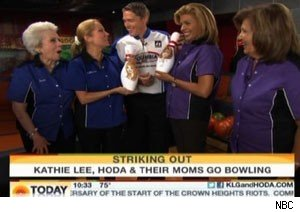 Kathie Lee Gifford and Hoda Kotb take their moms bowling on 'Today'