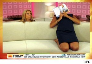Kathie Lee Gifford and Hoda Kotb try horsemanning on 'Today'