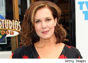 Elizabeth Perkins