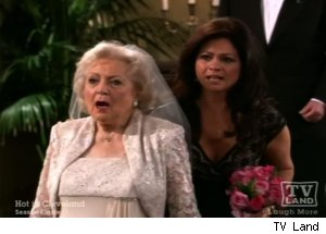 'Hot in Cleveland' - 'Elka's Big Day'