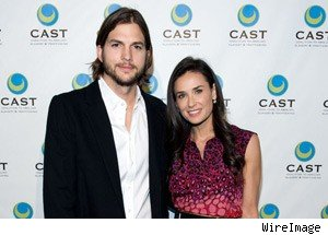 Demi Moore, Ashton Kutcher Divorcing