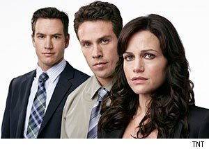 'Hide' stars Mark-Paul Gosselaar, Kevin Alejandro &amp; Carla Gugino