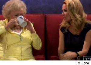 'Hot in Cleveland' - 'Elka's Choice'
