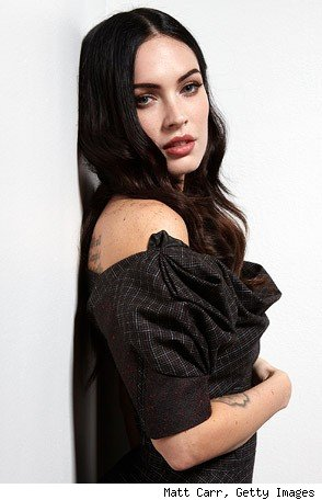 megan fox thumbs tmz. We outed her mutant thumbs.