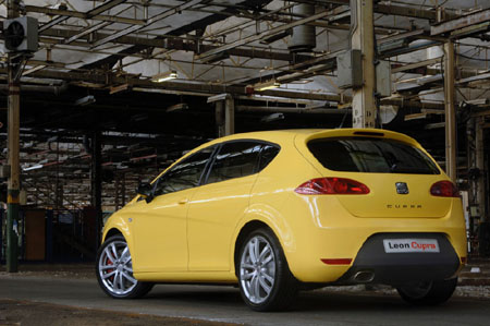 Seat Leon. Seat Leon Cupra offers more