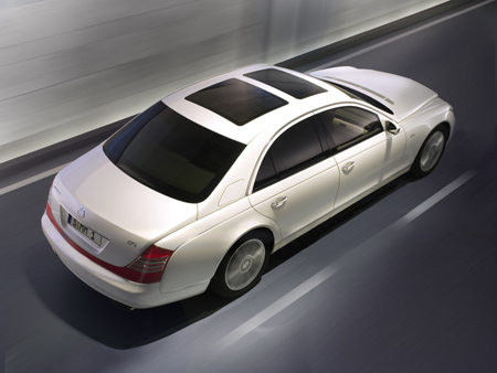 Maybach 57 S in Antiqua White