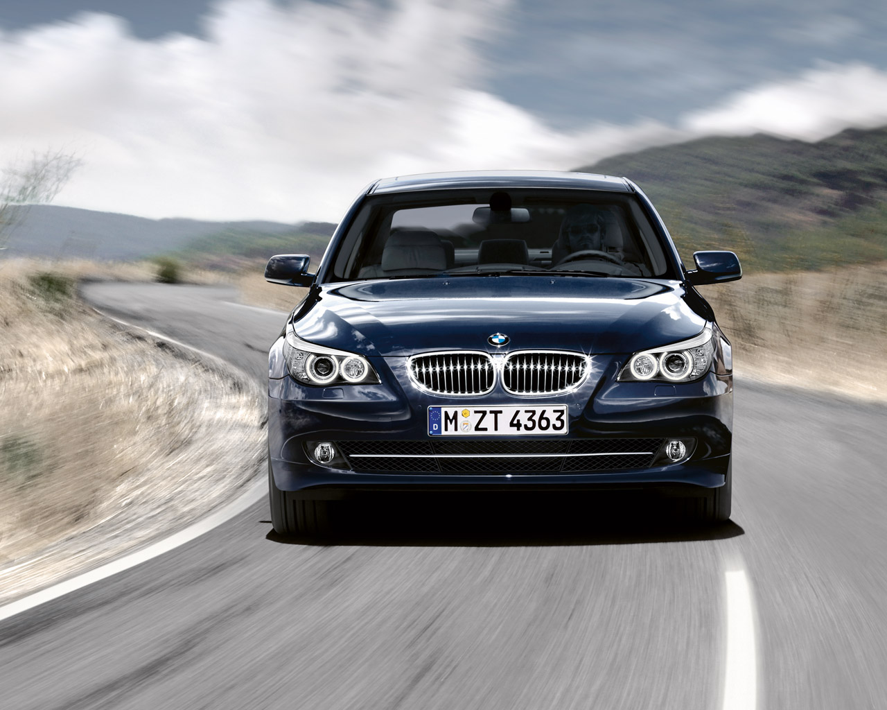 Bmw Recalling 1 3 Million 5 And 6 Series Models Worldwide